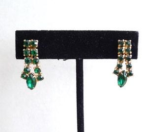 Emerald Green Rhinestones Gold Vintage Screw Back Earrings