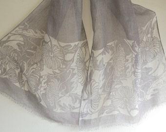 Japanese Chic natural Cochineal dyed Katagami Chrysanthemum pattern Linen scarf