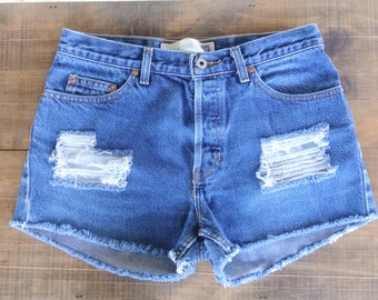 "Distressed High Waisted Shorts Size 8/9, 29"" Inches"