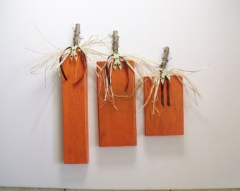 FALL WOOD PUMPKINS Set of Three and out of Wood