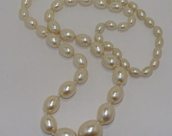 Vintage Graduated knotted Glass Pearl Necklace
