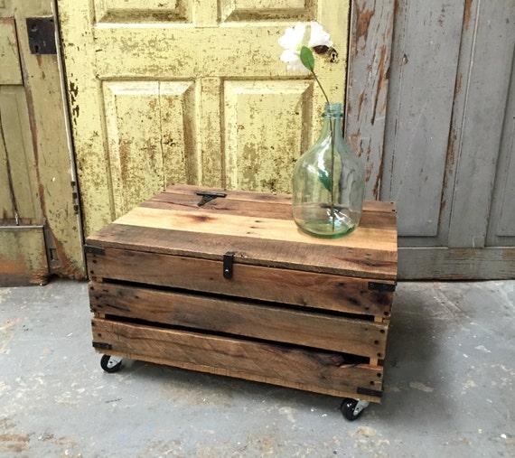 Rustic Wood Pallet Coffee Table: Rustic Wood Coffee Table Pallet Wood Furniture By