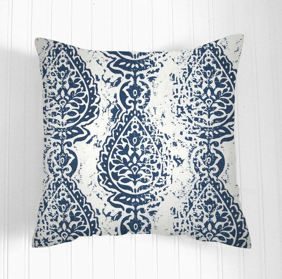 pillows navy blue and white pillow decorative pillows. Black Bedroom Furniture Sets. Home Design Ideas