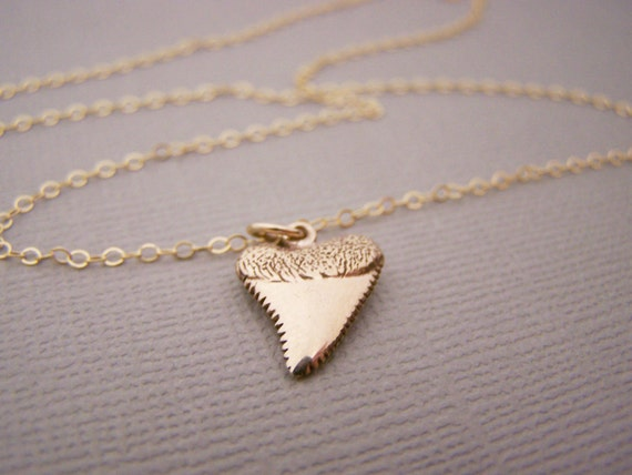 Shark Tooth Necklace -  Gold Filled Shark Tooth Charm Pendant 14k Gold Filled Necklace - Gift for Her - Simple Jewelry