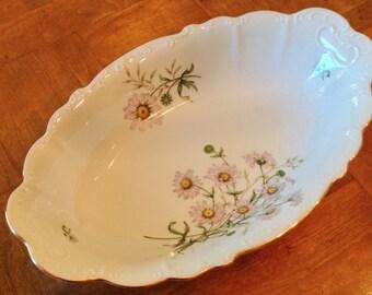 Bohemia Ceramic BOH25 Daisy Pattern - Oval Serving Bowl
