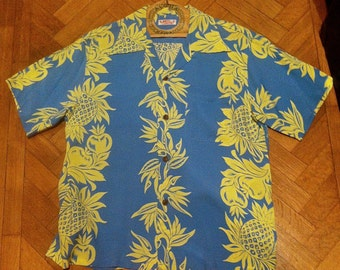 Vintage SUN SURF Hawaiian Shirt.