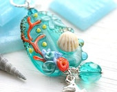 Seashell Jewelry, Seahorse Pendant, Beach Jewelry, Teal glass pendant, Coral reef, Beach necklace, Sea, SRA Lampwork