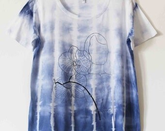 Women's tie dyed screen printed t shirt XL