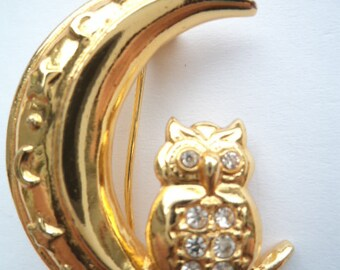 Vintage Signed BJ Rhinestone Owl on Moon Brooch/Pin