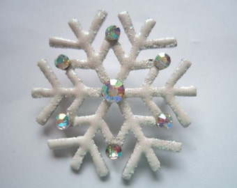 Vintage Unsigned White Sparkling Snowflake with AB Stones Brooch/Pin