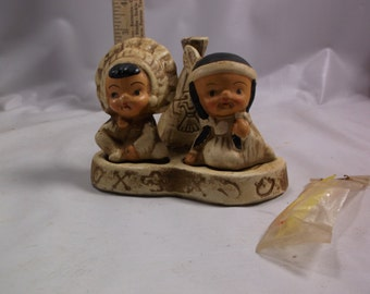 Salt and Pepper Vintage 3pc Indian Boy Girl Chief Squaw Teepee Toothpick HolderShakers Set epsteam