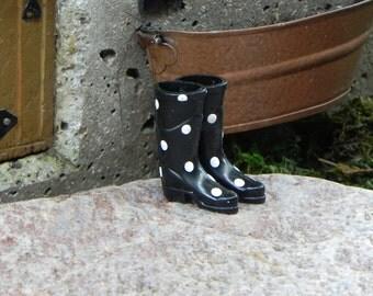 Miniature Wellington Boots Black - fairy accessories - dollhouse - fairy garden - terrarium - miniature rain boot ,miniature shoes