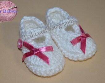 Baby Gift Preemie Baby Girl Mary Janes, Preemie Baby Girl Booties, Preemie Baby Girl Shoes, Preemie Gift, New Baby Gift, Unique Preemie Gift