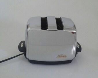 Vintage Sunbeam T-35 Radiant Toaster