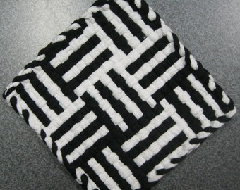 Log Cabin Black and White Woven Potholder