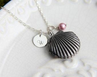 Sea Shell Locket Necklace, Personalized Locket, Monogram Locket, Beach Jewelry, Personalized Jewelry, Bridesmaid Necklace, Beach Wedding