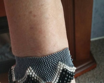 Beaded gunmetal black and crystal  bracelet