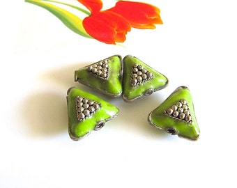 Triangle Cloisonne Beads, Lime Green Vintage Cloisonne Beads, Silver Metal and Green Enamel Beads, Handmade Chartreuse Enamel Beads, 4 Pcs