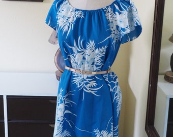 Hawaiian Floral Blue Hilo Hattie Vintage Dress