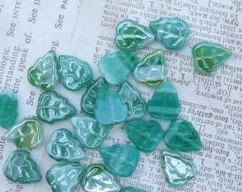 Sea Foam Green Glass Leaves, 12 Beads - Item 3268