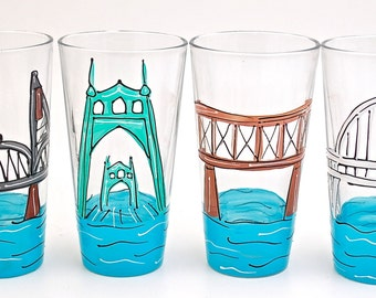 Portland Oregon Bridges Beer Pint Glass Collection - 4 piece Beer Pint Glass Set Hand Painted