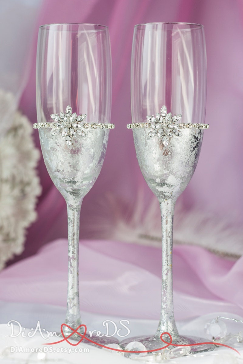 Snowflake champagne flutes winter wedding toasting glasses - Flutes a champagne originales ...