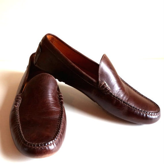 Shop Lands' End to find great-looking men's black dress shoes or brown dress shoes to complete any dressy outfit. Get men's dress shoes and loafers for men!
