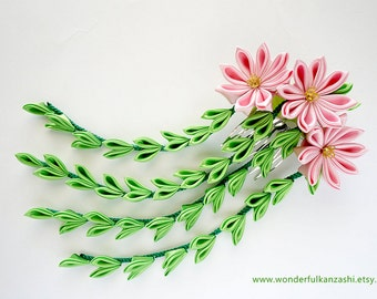 Willow and  Pink Chrysanthemum Tsumami  Kanzashi Fabric Satin Comb Wedding Accessories
