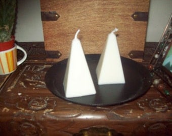 Pyramid  Soy Wax Candle