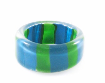Bright Blue and Lime Green Striped Lucite Ring - Size 4.5