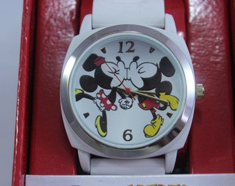 New Ladies Mickey and Minnie Mouse Quartz Watch