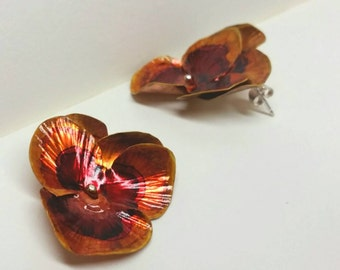 Dramatic Pansy Earrings- Floral Accessory  -Unique gifts - Bridesmaids jewelry - Floral jewelry - Organic jewelry