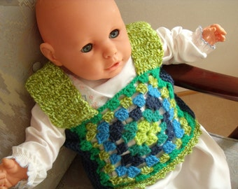 Blue/Green crochet/knitted vest for baby from 0-4 years.
