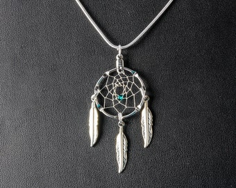 Silver Dream Catcher Necklace with a green bead and 3 feathers, Christmas Gift, simple necklace, small dreamcatcher necklace, Native inspire