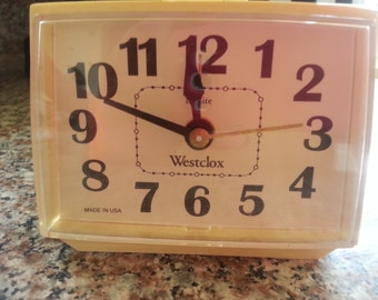Westclox Electric Clock Alarm Dialite Ivory Color 1970s Bedside Night Table Tested Made in USA  works fine
