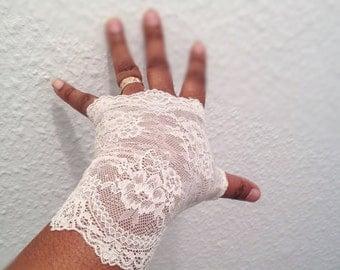 Wedding gloves, bridal gloves, fingerless gloves, stretch  lace gloves,  cream gloves,