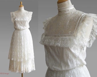 Vintage wedding dress, lace, white, flower power, Hippie, 1970
