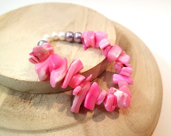 Pink Shell and Pearl Bead Bracelet