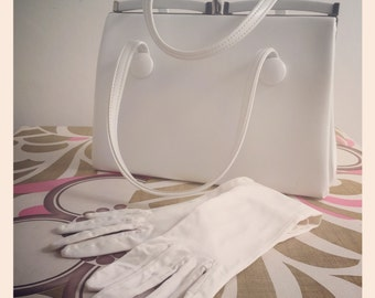 Sale* Vintage White 1950s/60s Kelly Bag by Boots