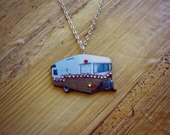 Retro RV Shasta Camper Necklace//Vintage//VLV//Pin Up//Rockabilly//Camping//Glamping//Summer//Travel