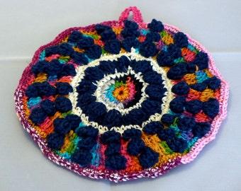 Multicolored pot holder
