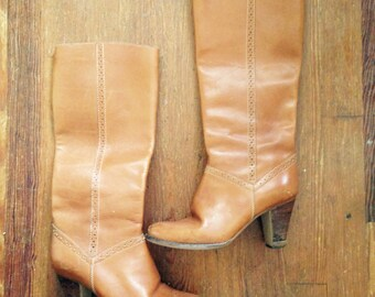 Vintage 1970s Light BROWN Tan LEATHER Knee High Bohemian BOOTS with Stacked Wooden Heel