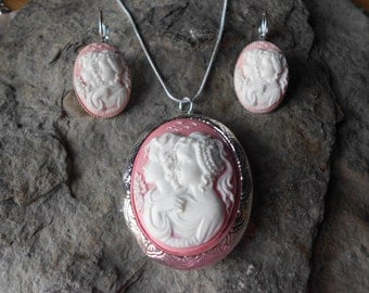 Cameo Locket and French Lever Back Earrings Set-- Sisters - Mother Daughter - Generations - Friends,  - Silver Plated - Great Quality