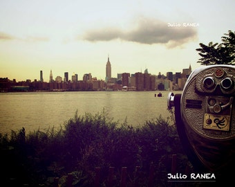 Digital download: Manhattan viewed from Williamsburg, Brooklyn. New York photography. Retro photography.