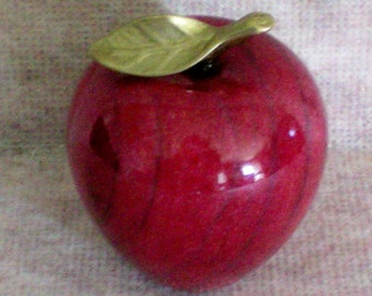 Red Marble Apple Paper Weight - 4029