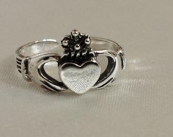 Adjustable Sterling Silver Irish Claddagh toe Ring - .925 Sterling Silver - Toe Ring or knuckle ring