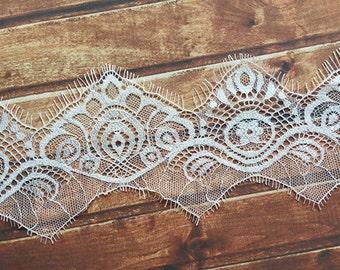 Soft Bridal veil Chantilly Lace Trim, Off White, 3 Meters per Piece