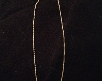 Vintage 14K Gold Twisted Chain Necklace 2.0 g  - 16""