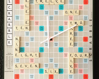 Upcycled Scrabble clock by AsBeAu