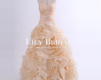 Strapless sweetheart neckline ruffle organza skirt blush wedding dress,made to order